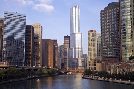 illinois river: Trump Tower in downtown Chicago, IL.