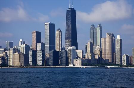 windy city: Centro de la ciudad Chicago visto desde el lago - hora de la ma�ana.