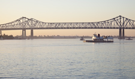 river: Bridge on Mississippi River in New Orleans, Louisiana