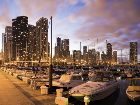 aon: Downtown Chicago seen from marina - summer time. Stock Photo