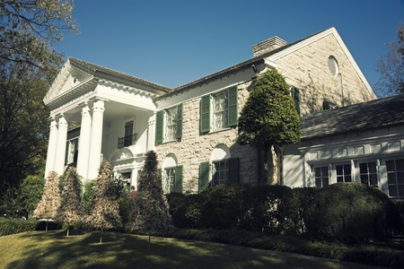 graceland: Memphis, Tennessee, USA - November 27, 2009: Graceland Mansion - home of Elvis Presley. Museum of the singer at the moment.