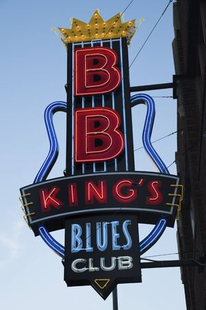 bb: Memphis, Tennessee, USA November 27, 2009 Colorful sign of B.B. Kings Blues Club on Beale Street in downtown of Memphis. The club was opened in 1994 Seen during morning fall.