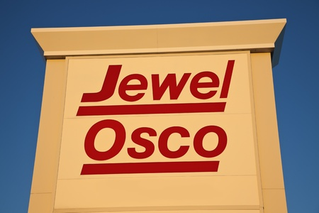 headquaters: Jewel Osco sign against clear blue sky. Seen summer afternoon. Jewel Osco is a chain of American supermarkets. The headquaters are located in Itasca, Illinois. The company was founded in 1899 as Jewel. Morris, Illinois, USA September 7, 2011