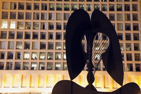 The unnamed sculpture created by Pablo Picasso wiith an office building in the background. The sculpture is called Chicago Picasso or The Picasso. Completed in 1966, was set in Daley Plaza in downtown of Chicago in 1967. Chicago, Illinois, USA September 1