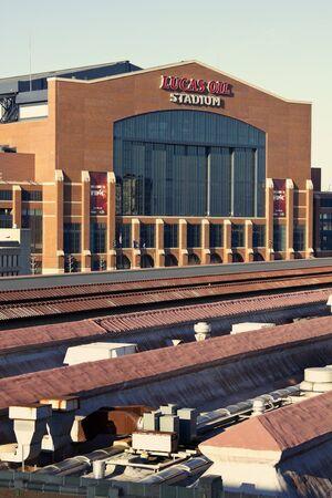 インディ アナポリス、インディアナ州、アメリカ合衆国 - 2011 年 3 月 27 日都心のインディ アナポリス、インディアナ州のルーカス オイル スタジア 報道画像