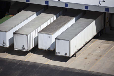 semi truck: Loading docks and the semi truck trailers