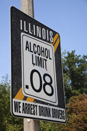 drinking driving: Illinois alcohol limit 0.08 - road sign Stock Photo