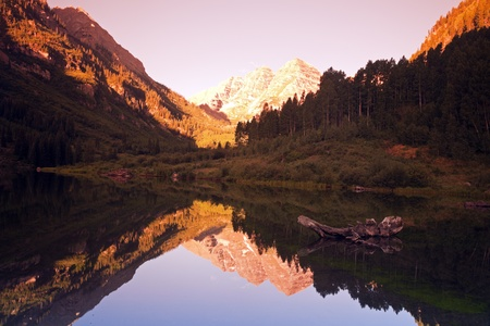 Maroon Bells - sunrise in the mountains.