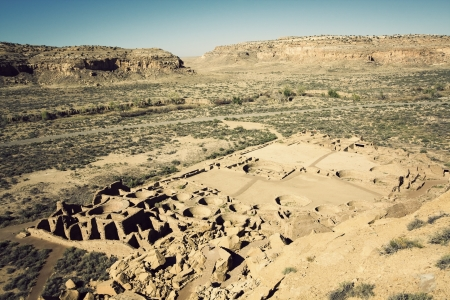 chaco: Ruins in Chaco Culture National Monument