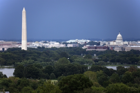 The US Capitol and Washington Monument seen from Arlington, Virginia. Reklamní fotografie