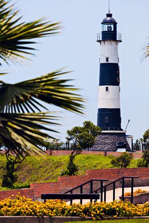 miraflores: Miraflores Lighthouse with palm tree - Miraflores, Lima, Peru Stock Photo