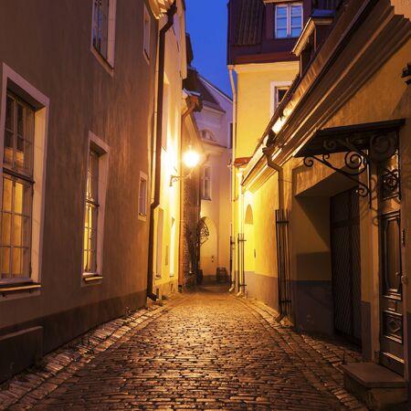 tallin: Tallin old town streets at night. Tallin, Estonia.