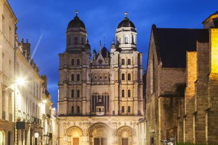 st  michel: St Michel Church in Dijon. Dijon, Burgundy, France Stock Photo