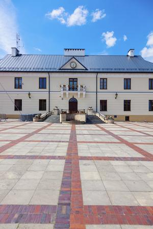 lubelskie: City Hall in Szczebrzeszyn. Szczebrzeszyn, Lublin, Poland.