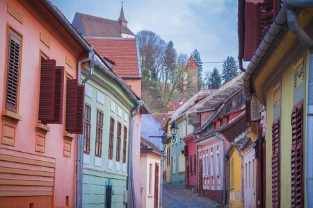 Colorful streets of Sighisoara. Sighisoara, Mures County, Romania. Stockfoto