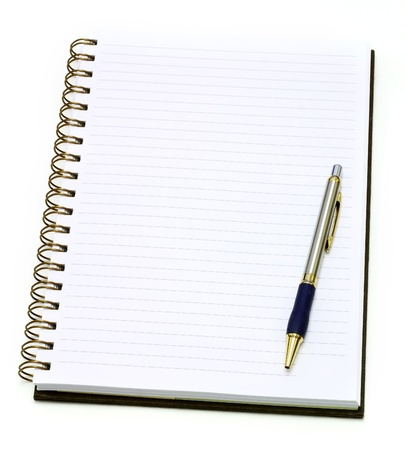 lapiceros: Libro abierto nota con l�piz, aislado en blanco  Foto de archivo