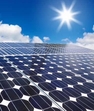 태양에 대 한 태양 전지 어레이 스톡 콘텐츠