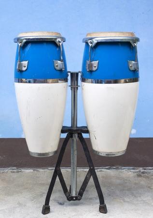 bongo drum: two congas