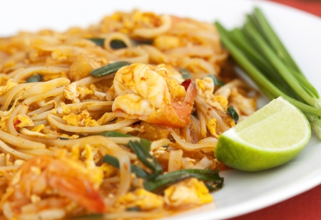 quick snack: Thai food Pad thai , Stir fry noodles with shrimp Stock Photo