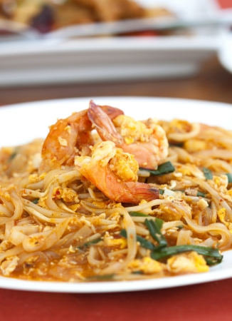 Thai food Pad thai , Stir fry noodles with shrimp Stock Photo - 16555060