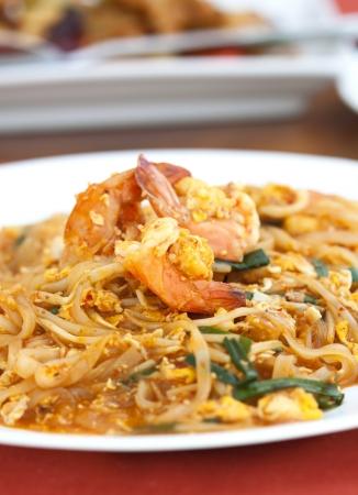 Thai food Pad thai , Stir fry noodles with shrimp Stock Photo - 16555060
