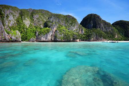 Maya bay, Phi Phi Leh island,Thailand  Stock Photo - 23797271