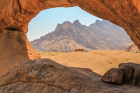 swakopmund: The Spitzkoppe, a mountain formation Consists of several granite peaks located between Usakos and Swakopmund. Namib Desert, Namibia, Africa. Stock Photo