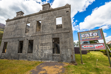 linda: Queenstown, Tasmania, Australia - January 10,2015: The Royal Hotel, Lyell Highway,  the ghost mining town of Linda and its Royal Hotel, abandoned since 1950s.
