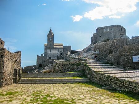 golfo: The famous gothic Church of St. Peter, Chiesa di San Pietro, in Porto Venere, Ligurian Coast, La Spezia, Italy.