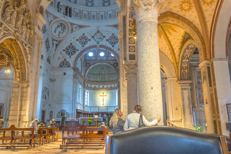 leonardo da vinci: Milan, Italy - November 15, 2016: internal nave of church Santa Maria Delle Grazie, hosting in its refectory, The Last Supper mural painting by Leonardo da Vinci. right side point of view.