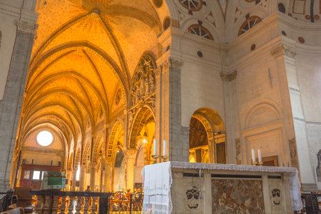 leonardo da vinci: Milan, Italy - November 15, 2016: internal of main apse roof and altar of church Santa Maria Delle Grazie. Famous for hosting The Last Supper painting of Leonardo Da Vinci. left point of view.