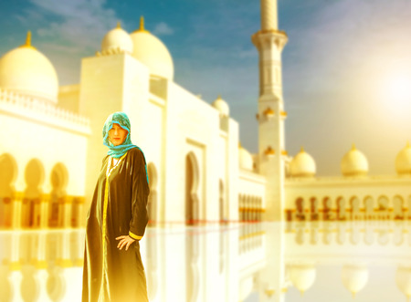 Tourist visiting Sheikh Zayed Mosque