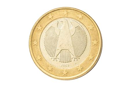 Deutschland Münze von einem Euro closeup mit deutschen Adler, Symbol der deutschen Souveränität. Isoliert auf weißem Studio Hintergrund. Standard-Bild - 80707266
