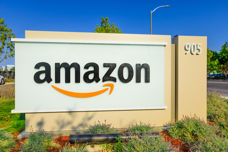 Sunnyvale, California, USA - August 13, 2018: closeup of Amazon Sign at Enterprise Way, the Big Amazon campus in Sunnyvale, Silicon Valley. Amazon is leader in electronic commerce. Редакционное