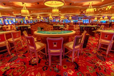 Las Vegas, Nevada, United States - August 18, 2018: closeup of blackjack tables inside the luxurious Wynn Las Vegas Resort Hotel, a 5-star, themed Paradise in Las Vegas Strip. 報道画像