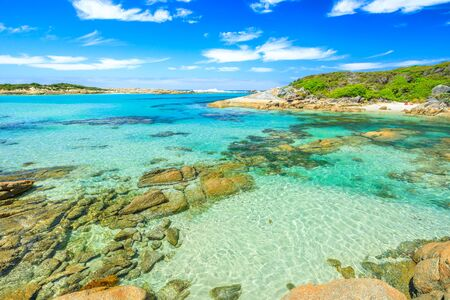 Madfish Bay in William Bay National Park, Denmark region, Western Australia. Summertime in a beutiful day. 写真素材 - 128239191
