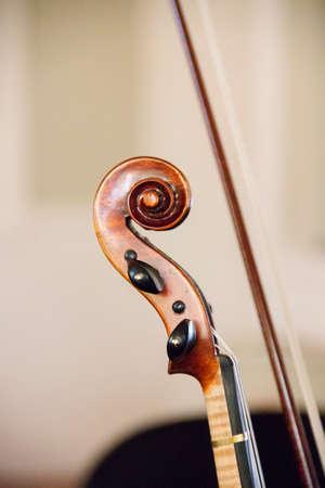 rehearsal: violin before the rehearsal