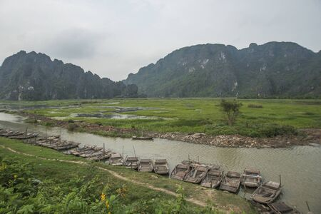 Bamboo rafts are set for the tourists on a river in Ninh Binh, Viet Nam 版權商用圖片