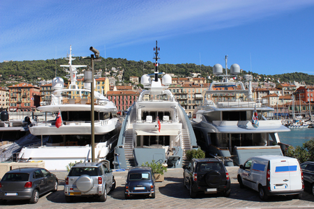 luxurious: Beautiful and luxurious yachts in the port of Nice Stock Photo