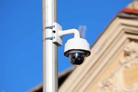 Dome Type Outdoor CCTV On Street Lamp In The City Center Of Nice, France, Europe 스톡 콘텐츠