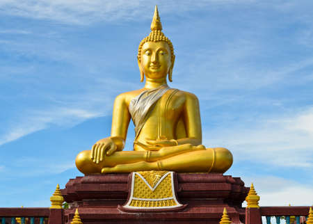 veneration: Golden buddha statue at Lam Por temple in Songkhla, Thailand