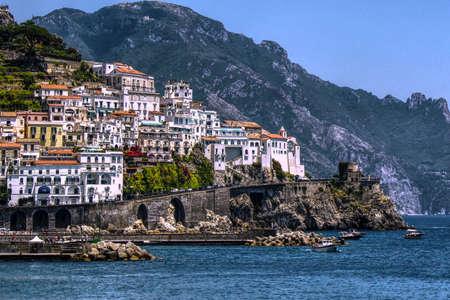 Panoramic Landscape at Amalfi Coast - Mountains, village and sea Imagens