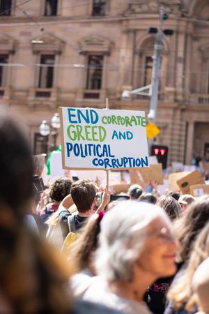 Der Jugendmarsch gegen den Klimawandel protestiert gegen die globale Erwärmung Editorial