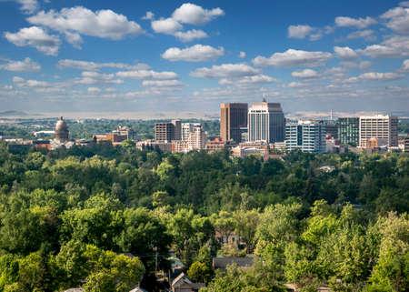 Horizonte del centro de Boise - La ciudad de los árboles Foto de archivo