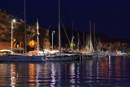 quay: Modern yachts in quay at night Stock Photo