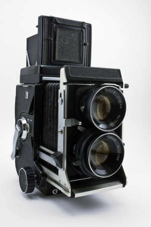 reflex: Vecchia macchina fotografica doppia lente reflex