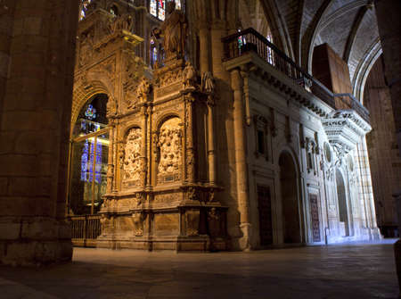 castile leon: Interior of the Leons cathedral