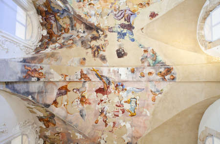convento: Frescoes on the ceiling ex convento del ritiro, Siracusa