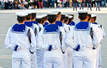 Marineros en uniforme, guardia de honor Foto de archivo - 10007147