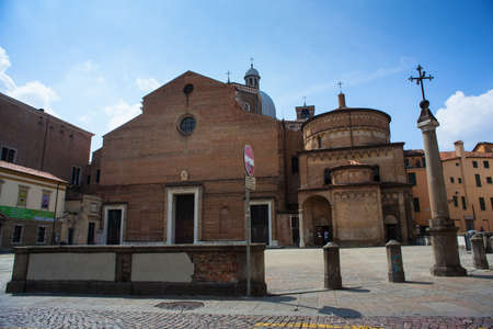 cattedrale: PADOVA, ITALY - AUGUST, 24: Battistero della Cattedrale on August 24, 2014 Editorial